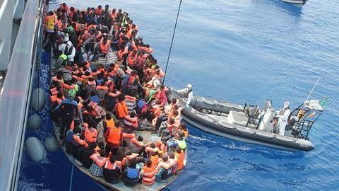 Migrant_Crisis_Carusel.jpg
