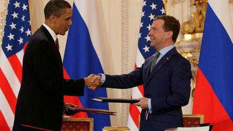 Obama Medvedv - Praha 615.jpg
