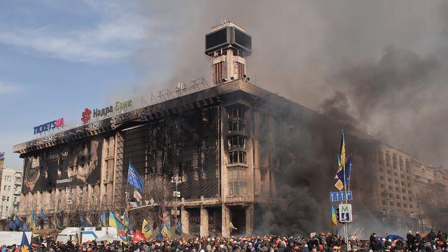 Euromaidan_in_Kiev_2014-02-19_12-06.jpg