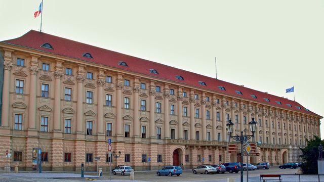 ernínský_palác_MZ.jpg