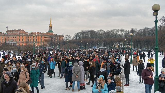 Protests_against_the_arrest_of_opposition_politician_Alexei_Navalny._Saint_Petersburg,_23_January_2021.jpg