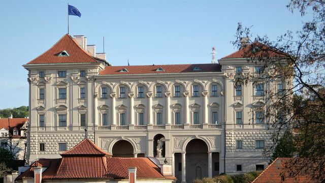 ernínský_palác.jpg