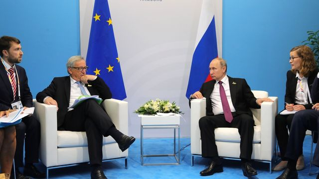 Jean-Claude_Juncker_and_Vladimir_Putin_(2017-07-08)_01.jpg